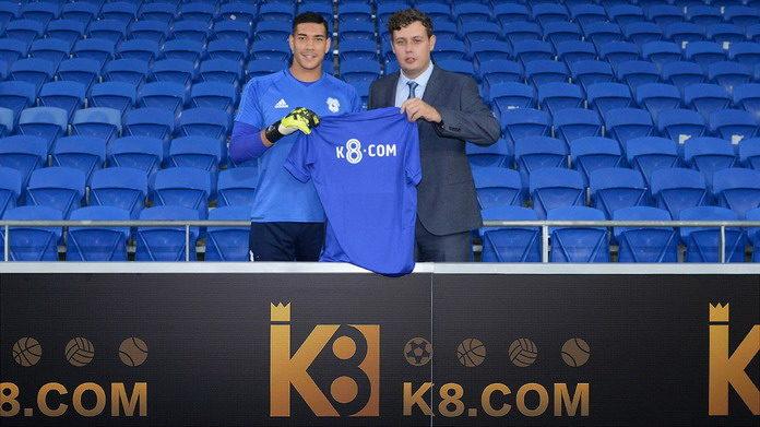 К8 стал спонсором футбольного клуба Кардифф